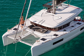 Catamarans (to 12 Guests)